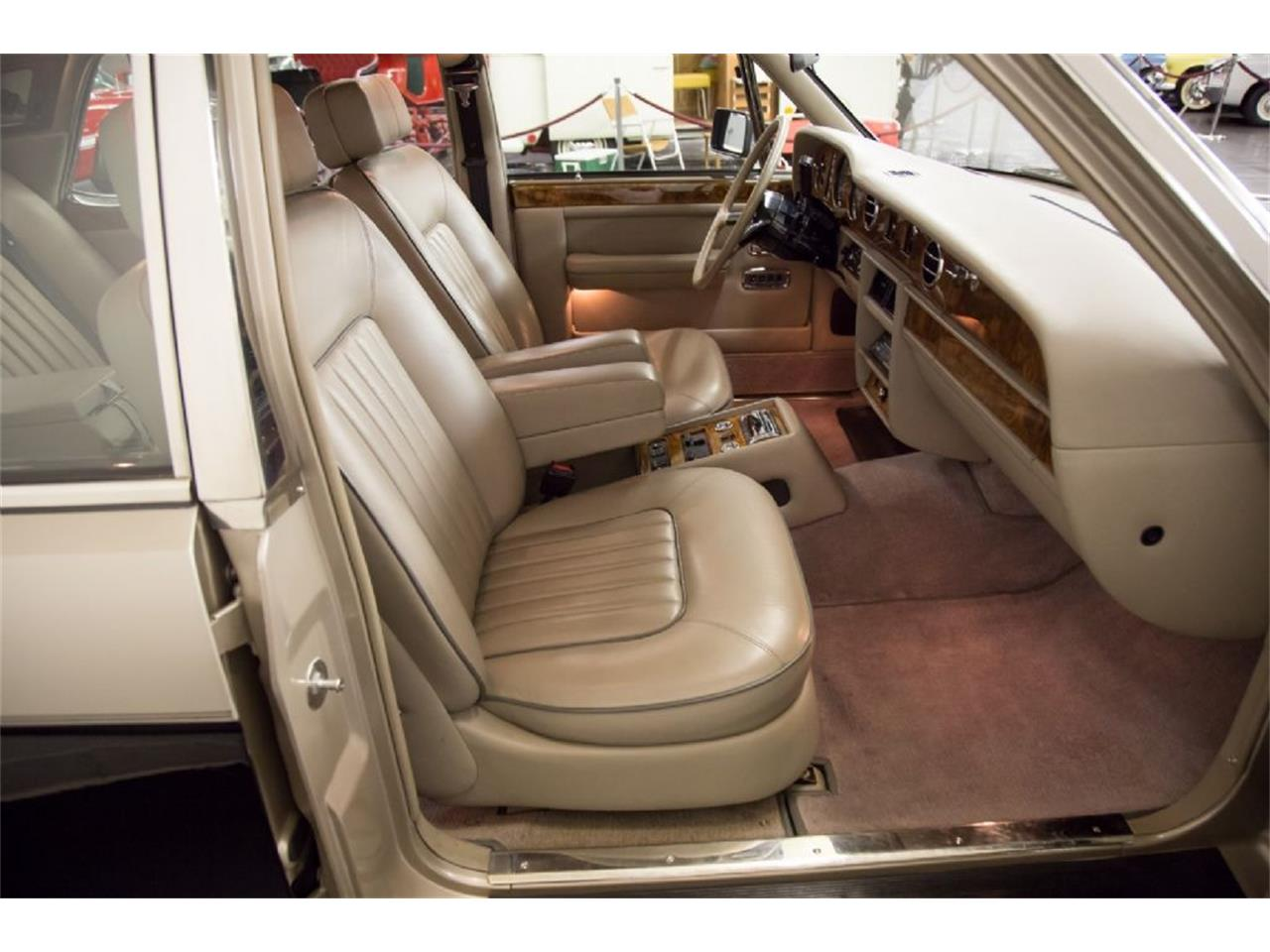 Large Picture of 1989 Rolls-Royce Silver Spur - $32,900.00 Offered by St. Louis Car Museum - PXSH