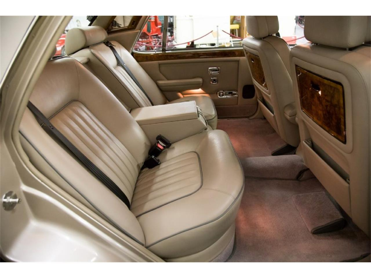 Large Picture of 1989 Rolls-Royce Silver Spur located in St. Louis Missouri - $32,900.00 - PXSH