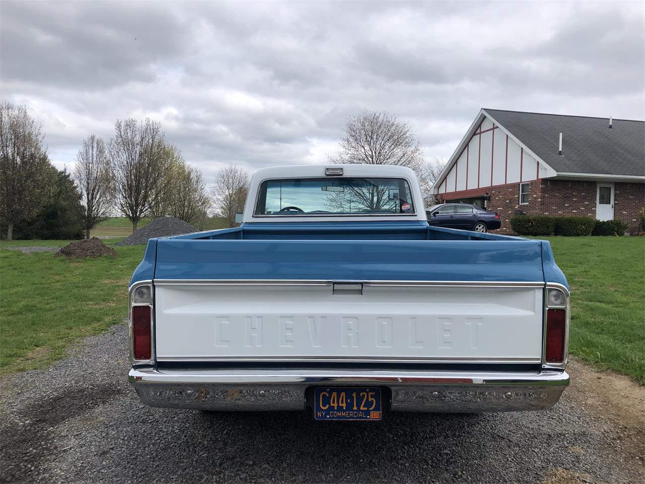 Large Picture of Classic 1971 C10 located in New York - PZ98