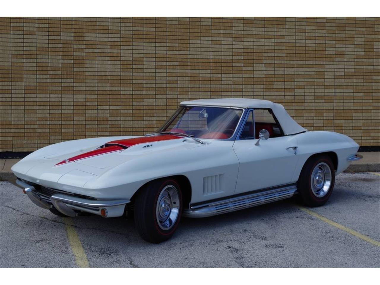 Large Picture of Classic '67 Corvette - PZ9R