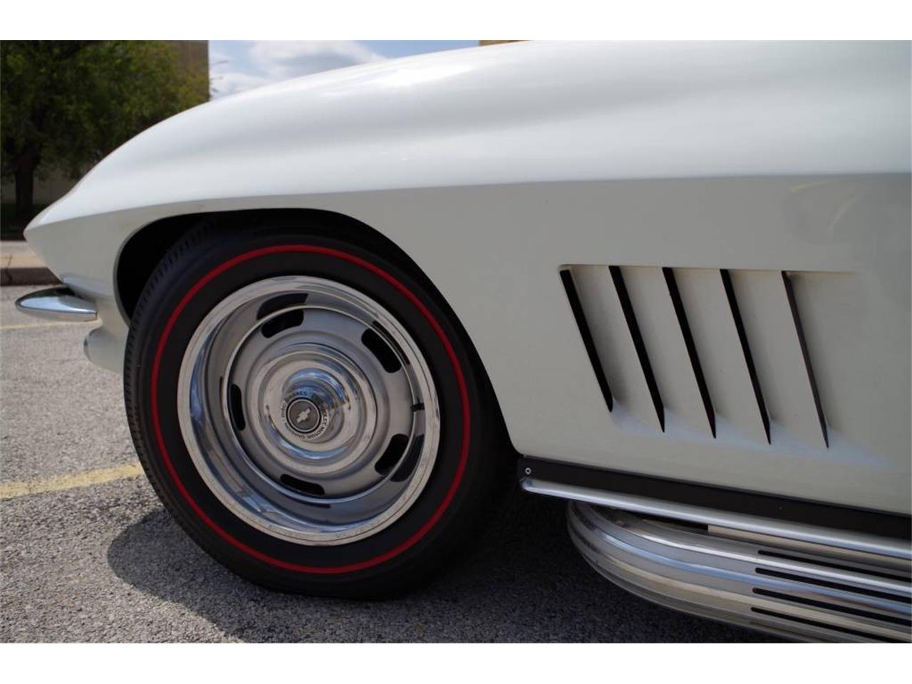 Large Picture of 1967 Corvette - PZ9R