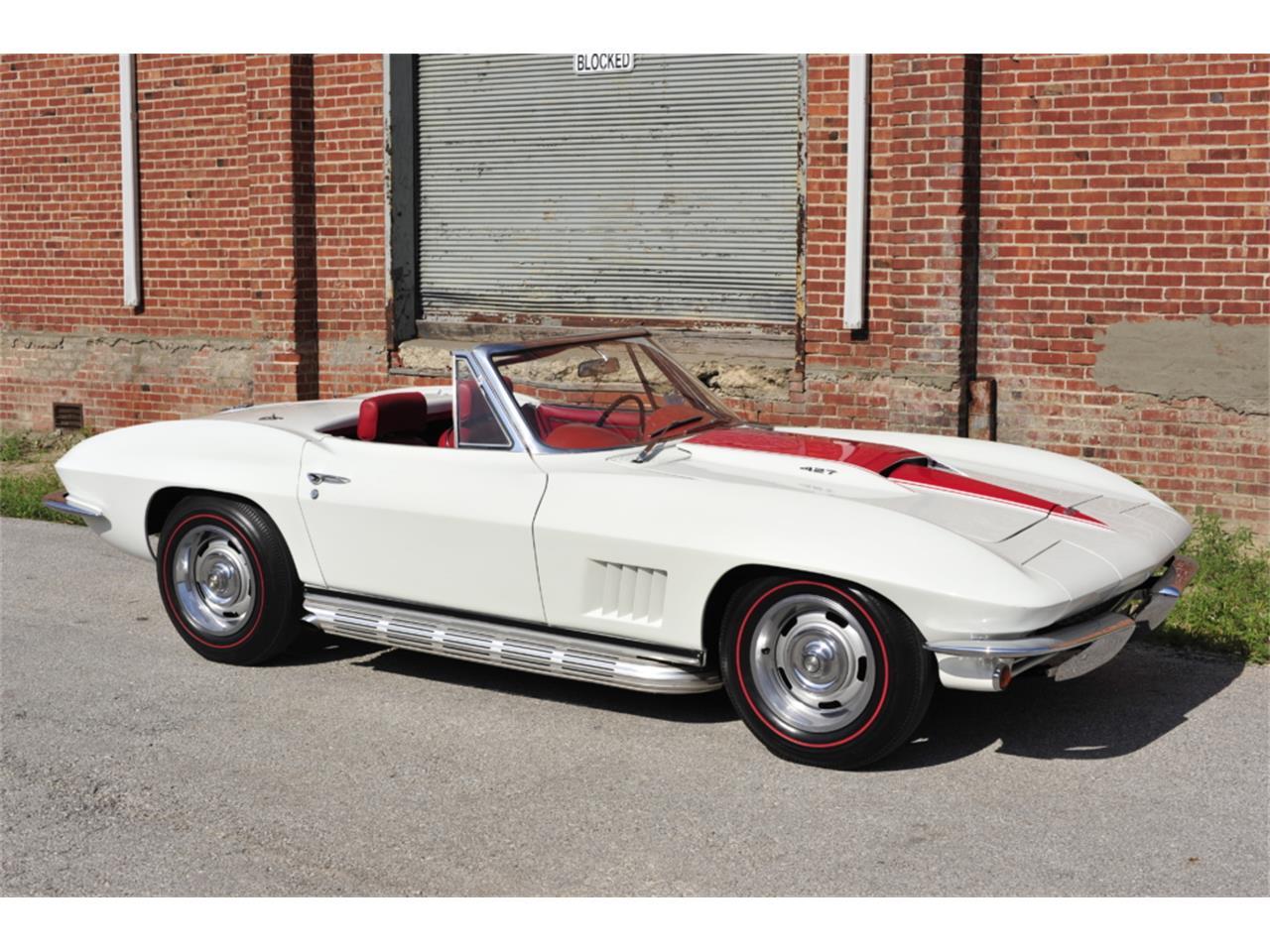 Large Picture of Classic 1967 Chevrolet Corvette located in Missouri - PZ9R