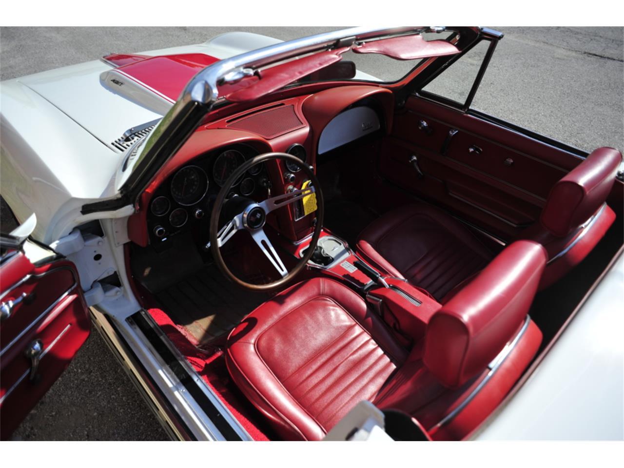 Large Picture of Classic '67 Corvette - $129,995.00 - PZ9R