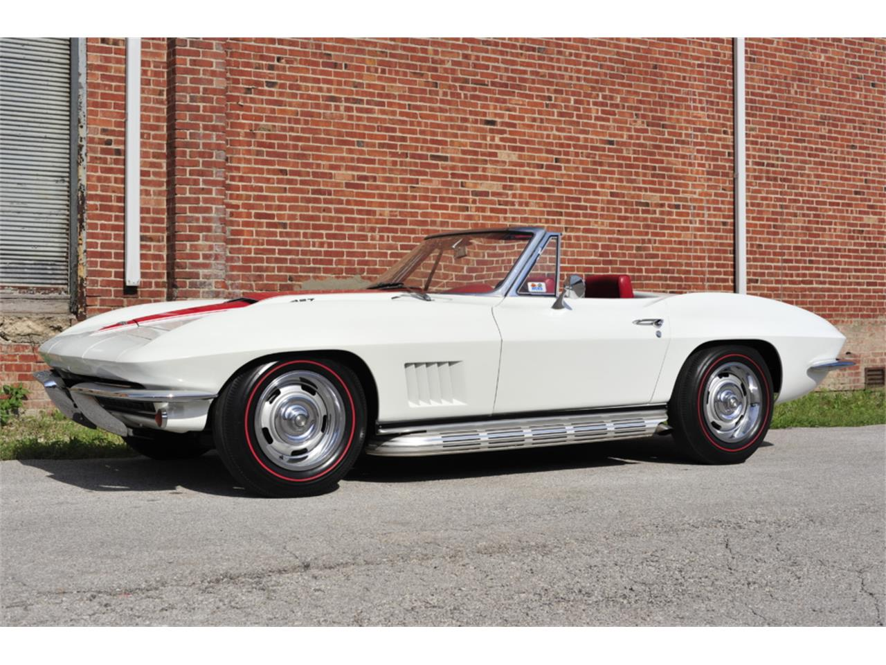 Large Picture of '67 Chevrolet Corvette located in N. Kansas City Missouri - $129,995.00 - PZ9R