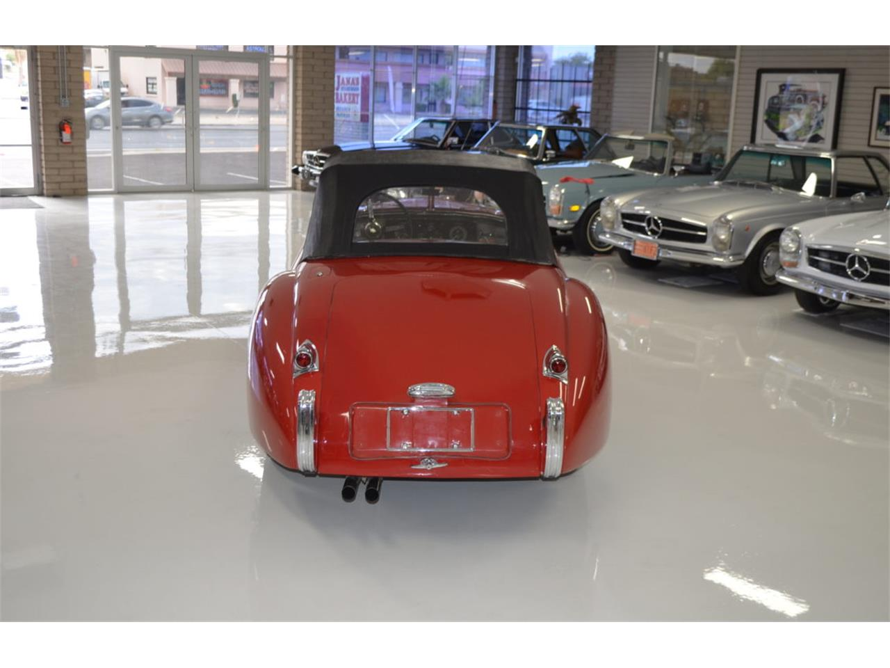 Large Picture of Classic 1952 Jaguar XK120 Offered by Classic Promenade - PXTA