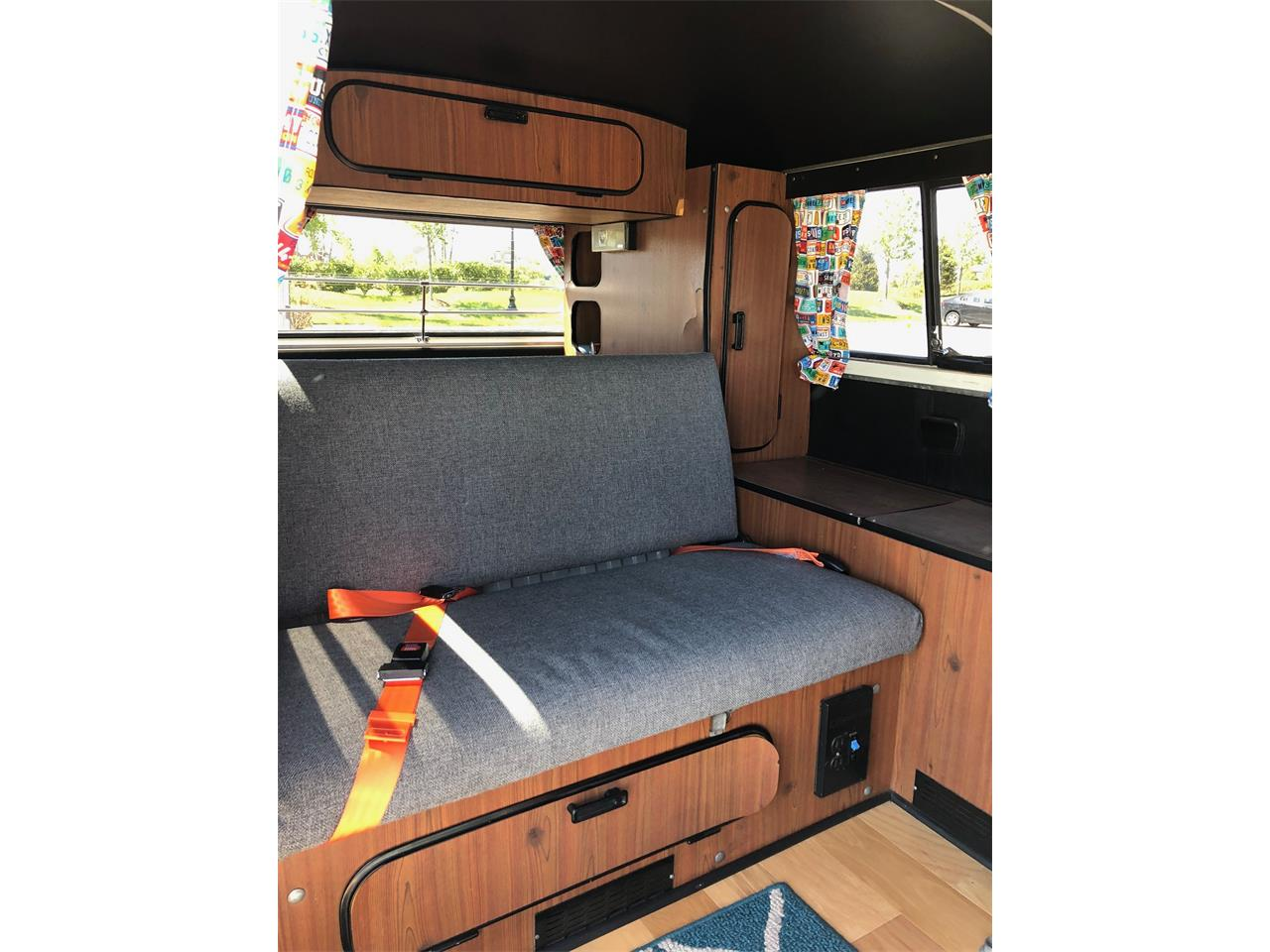 Large Picture of '76 Bus Offered by a Private Seller - PZCT