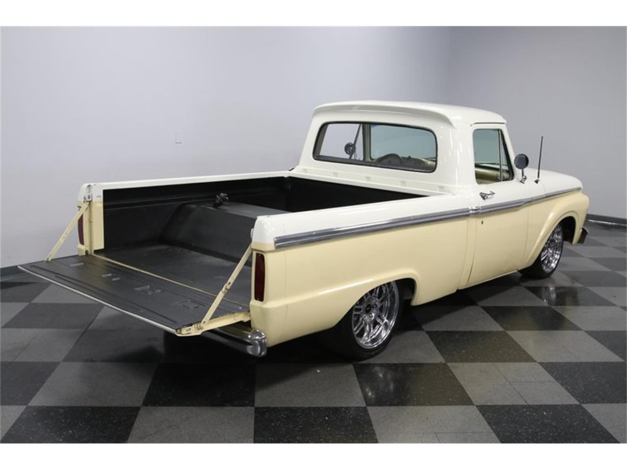 Large Picture of 1964 Ford F100 - PZDN