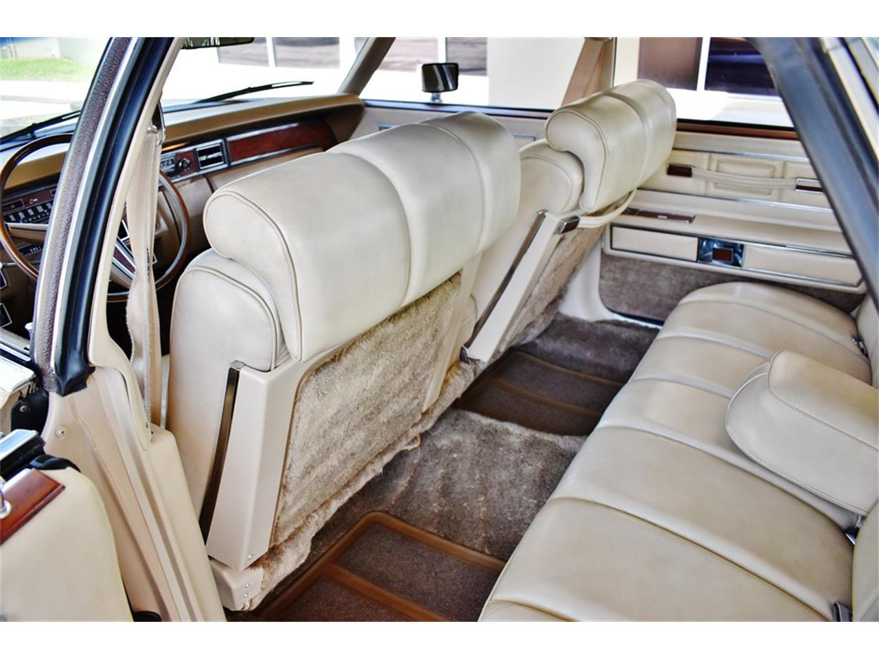 Large Picture of '73 Continental - PZFY