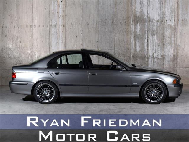 Picture of 2003 BMW M5 located in Valley Stream New York Offered by  - PZHE