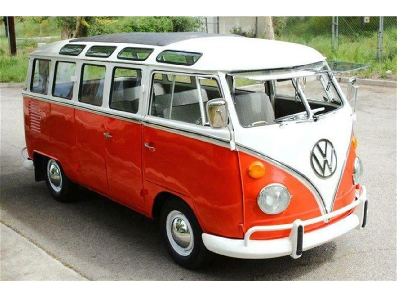 Large Picture of 1970 Volkswagen Bus located in Cadillac Michigan - $63,995.00 Offered by Classic Car Deals - PXUA