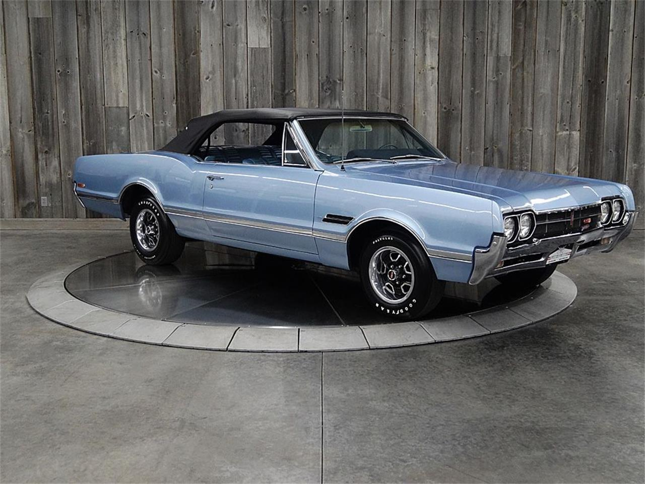 Large Picture of 1966 442 located in Iowa Offered by Veit's Vettes And Collector Cars - PZQW