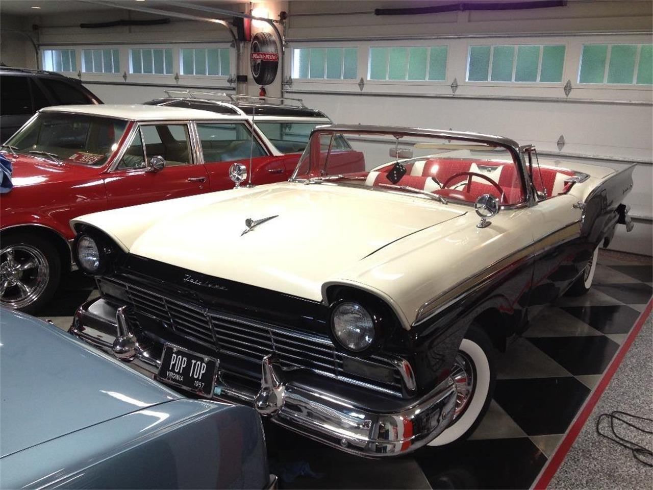 Large Picture of '57 Fairlane 500 - PZRV