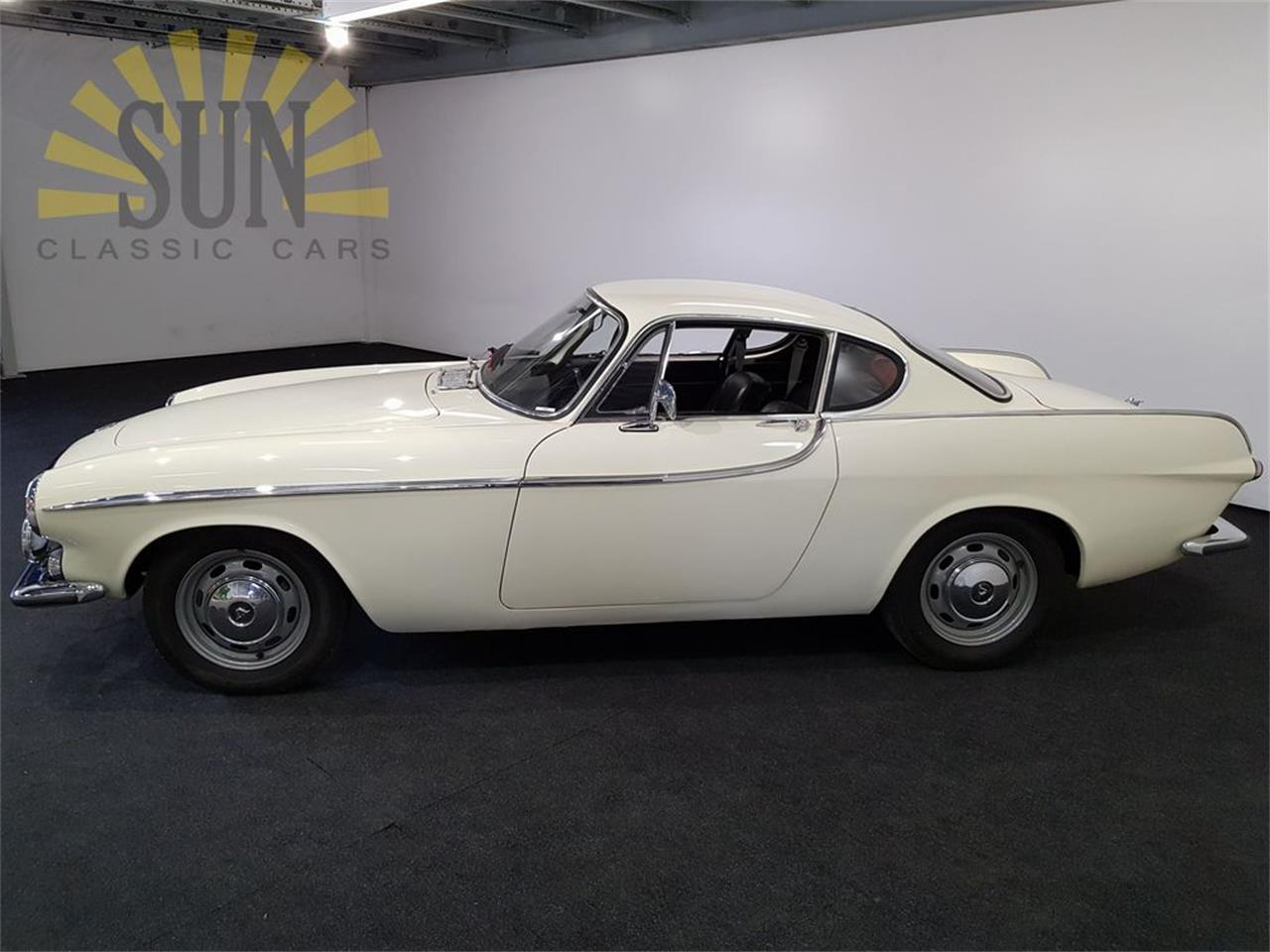 Large Picture of '66 Volvo P1800S located in Waalwijk Noord Brabant - $27,950.00 - PZRW