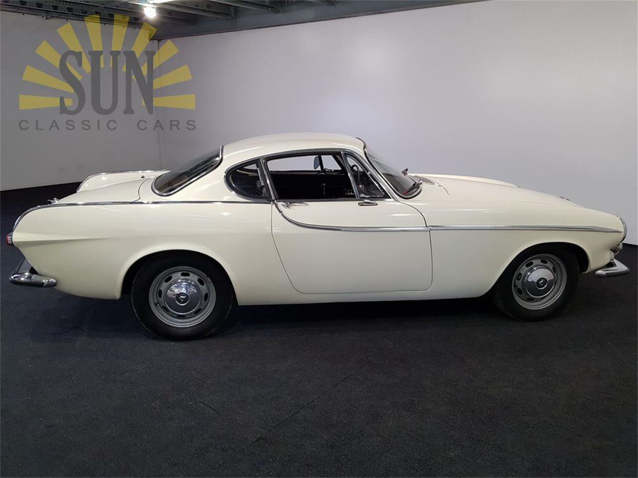 Large Picture of Classic '66 Volvo P1800S located in Waalwijk Noord Brabant - $27,950.00 Offered by E & R Classics - PZRW