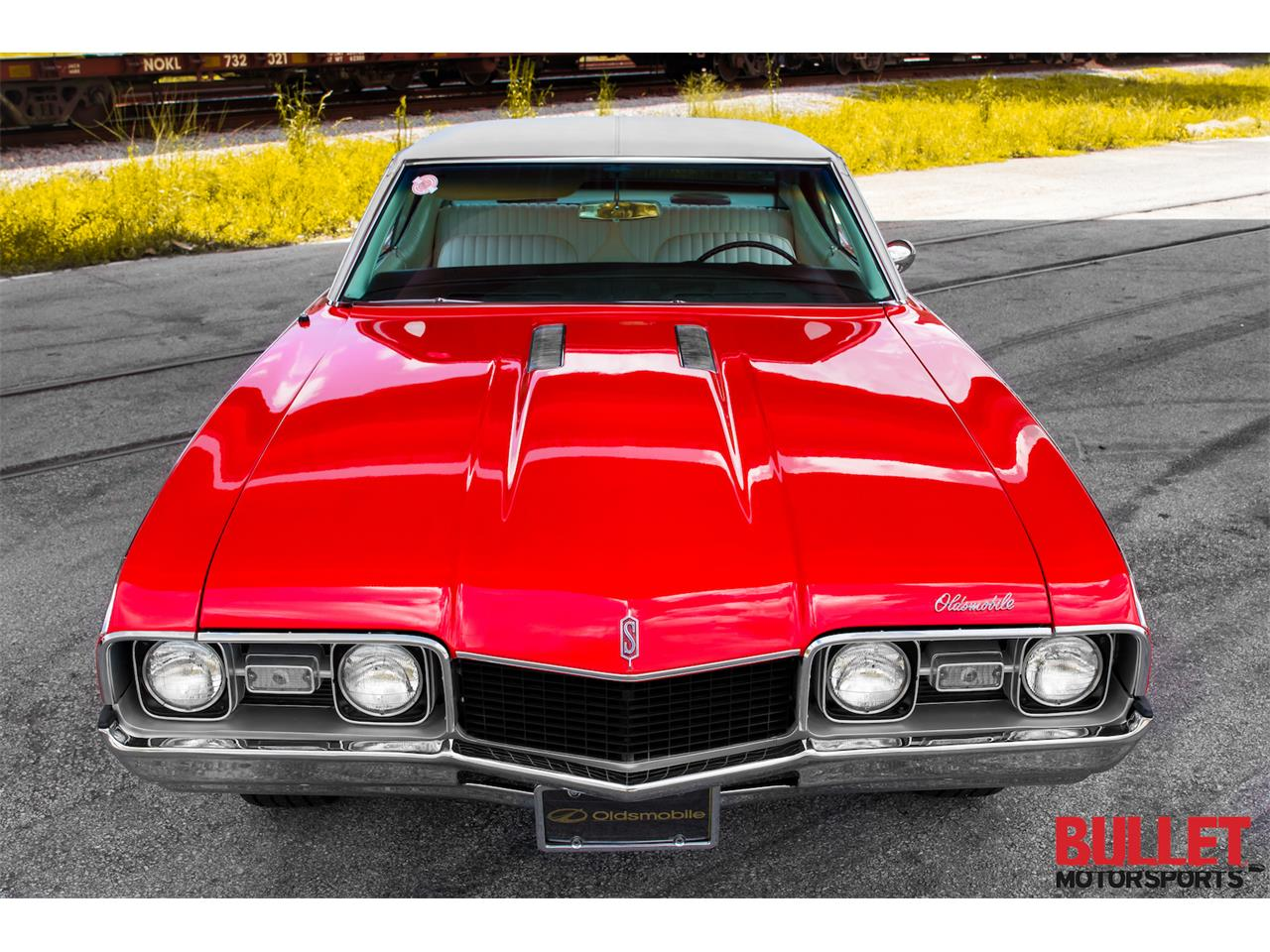 Large Picture of Classic '68 Cutlass Supreme located in Fort Lauderdale Florida Offered by Bullet Motorsports Inc - PZS9