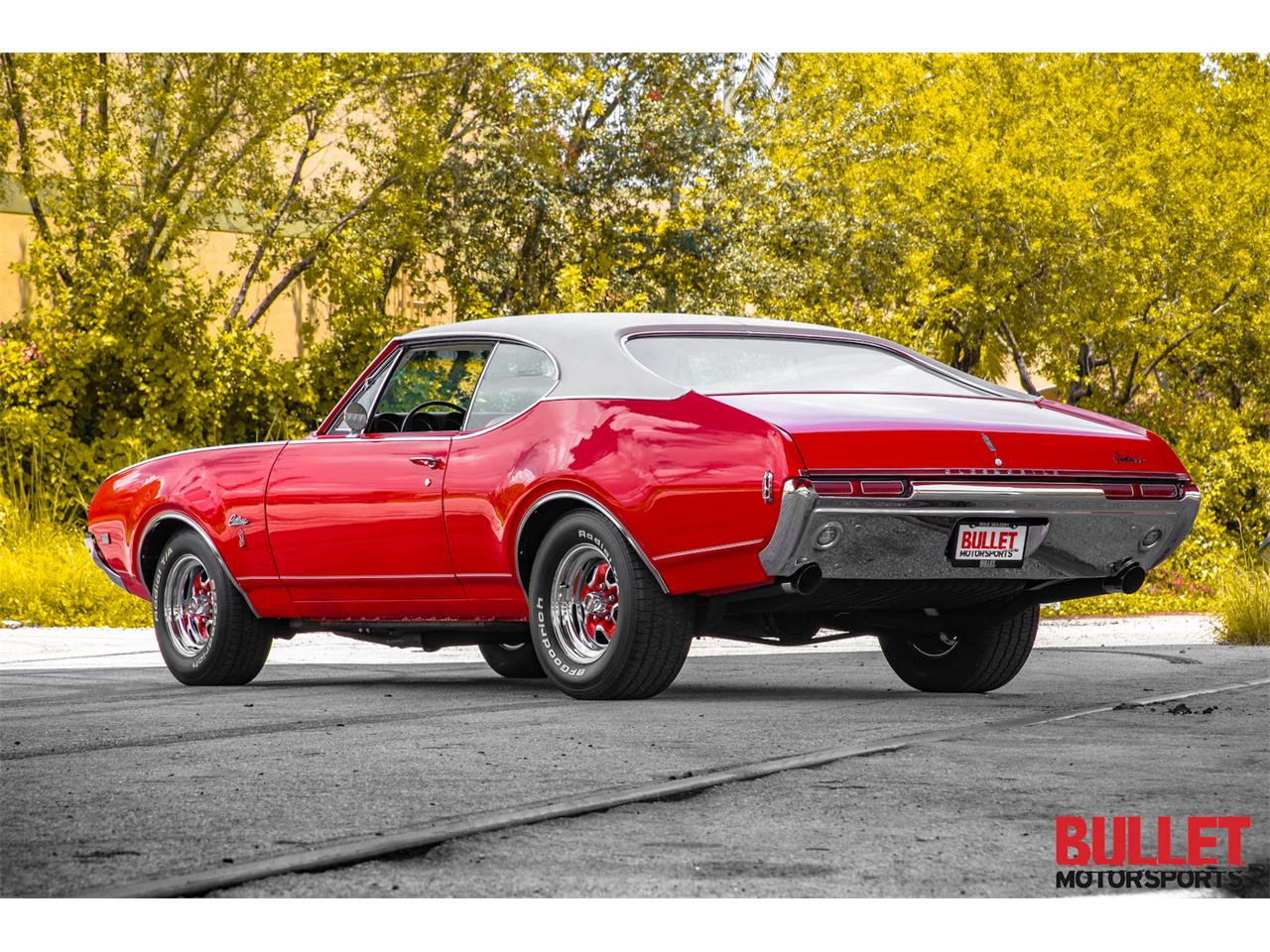 Large Picture of Classic '68 Cutlass Supreme - $30,000.00 - PZS9