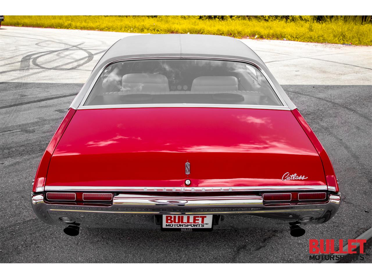 Large Picture of Classic 1968 Oldsmobile Cutlass Supreme located in Florida Offered by Bullet Motorsports Inc - PZS9