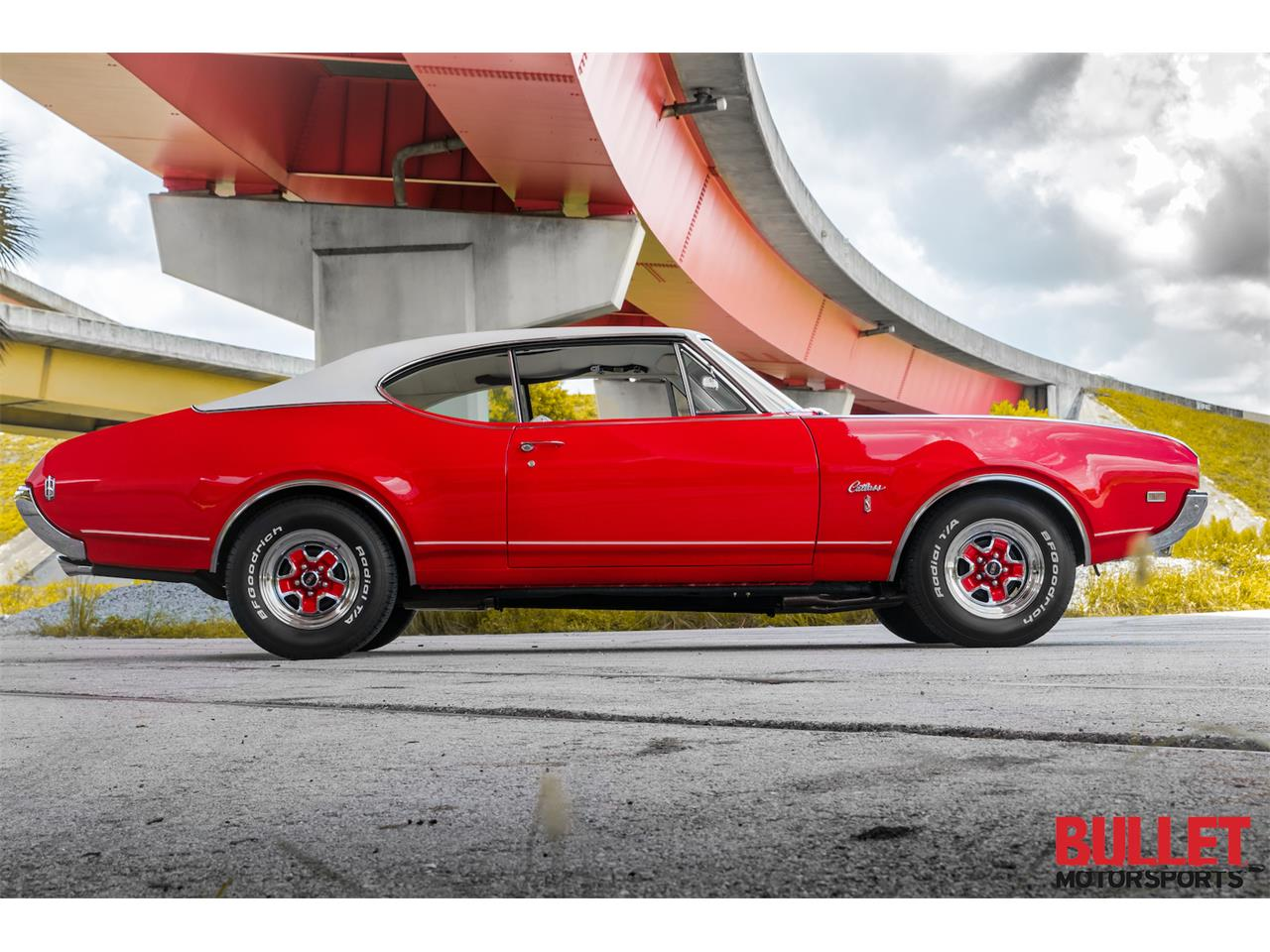 Large Picture of Classic '68 Oldsmobile Cutlass Supreme located in Florida Offered by Bullet Motorsports Inc - PZS9