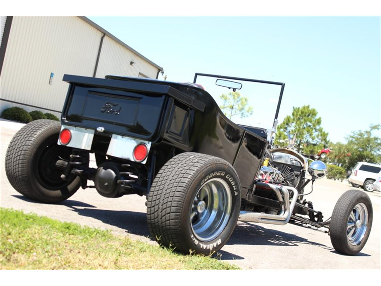 Large Picture of Classic 1928 Ford T Bucket Offered by Skyway Classics - PZWE