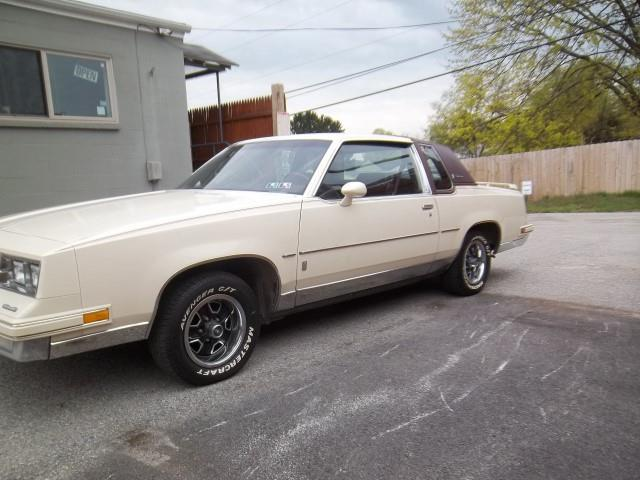 Picture of 1984 Oldsmobile Cutlass Supreme Auction Vehicle Offered by  - PXVA