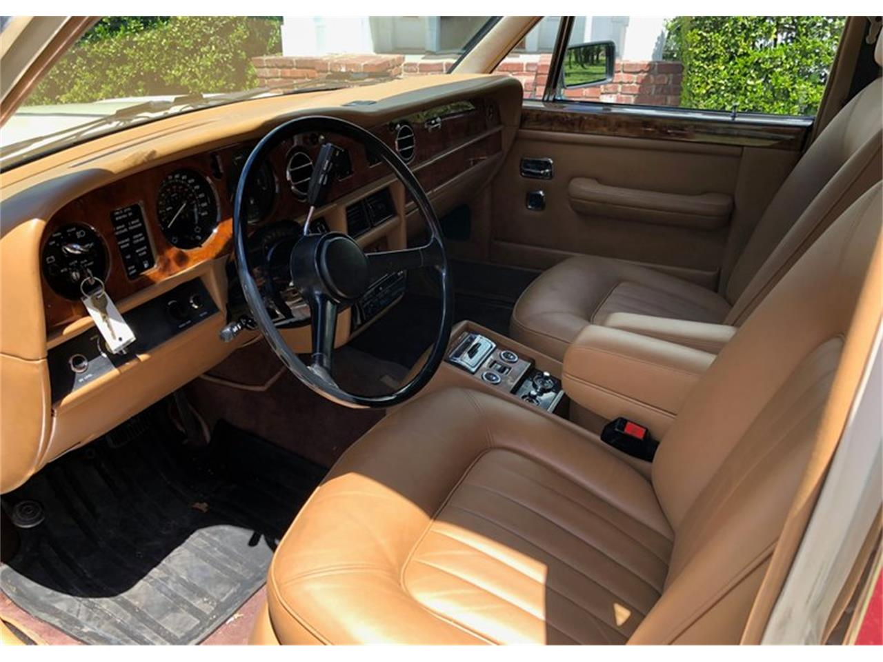 Large Picture of 1985 Rolls-Royce Silver Spur - PZZZ