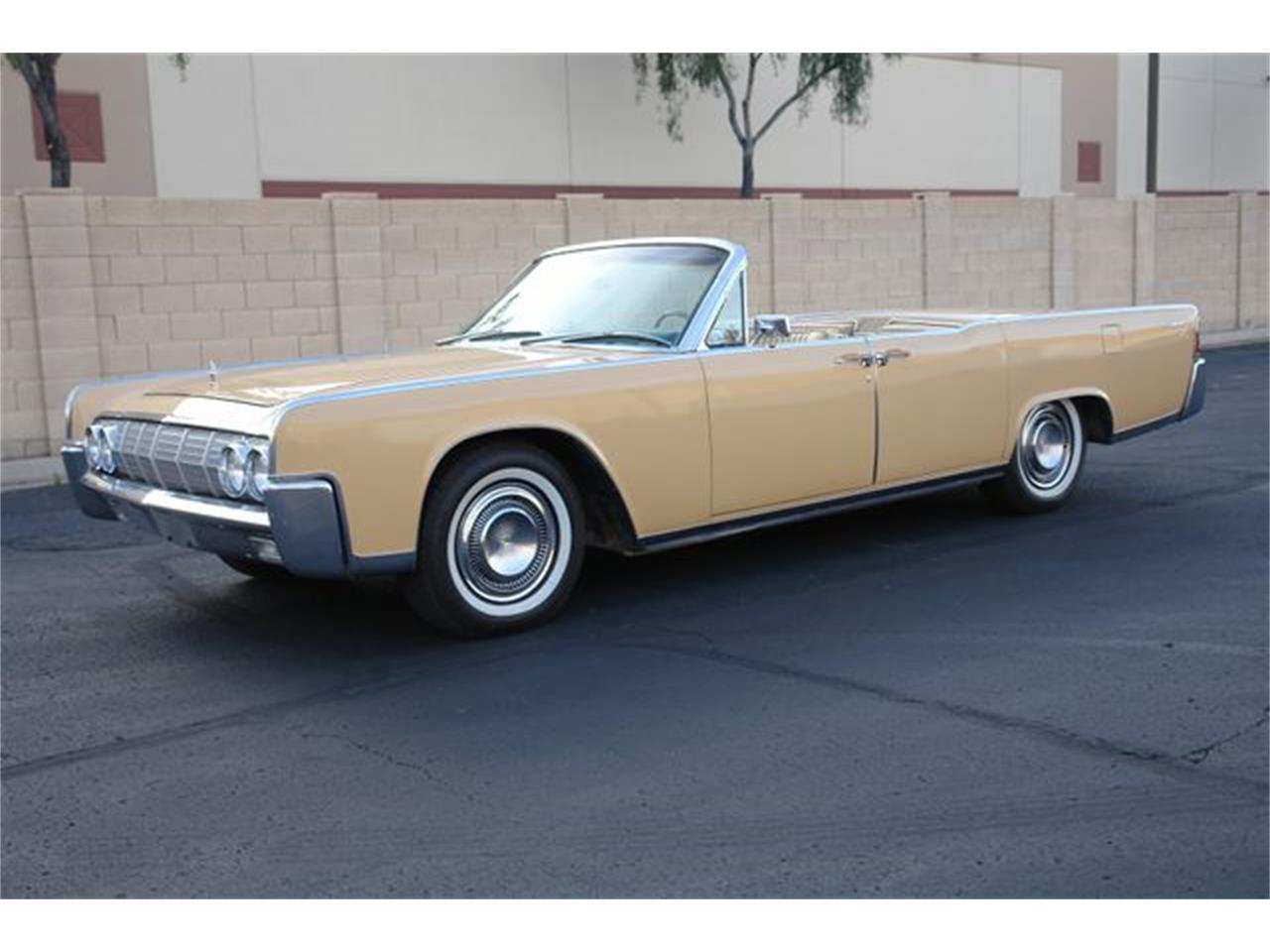 Large Picture of '64 Continental located in Phoenix Arizona Offered by Arizona Classic Car Sales - Q01H