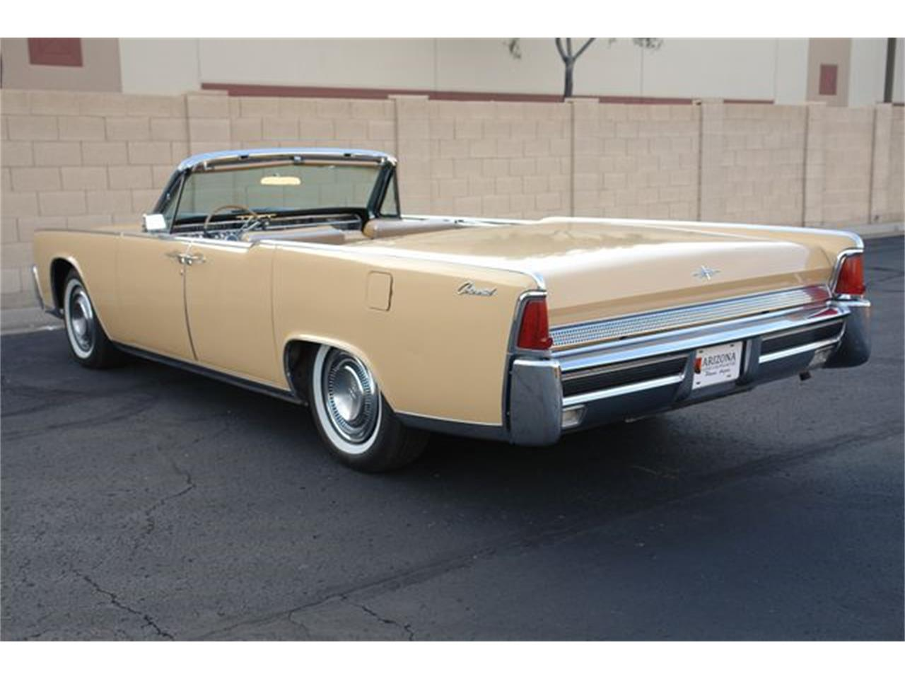 Large Picture of 1964 Continental - $47,950.00 - Q01H