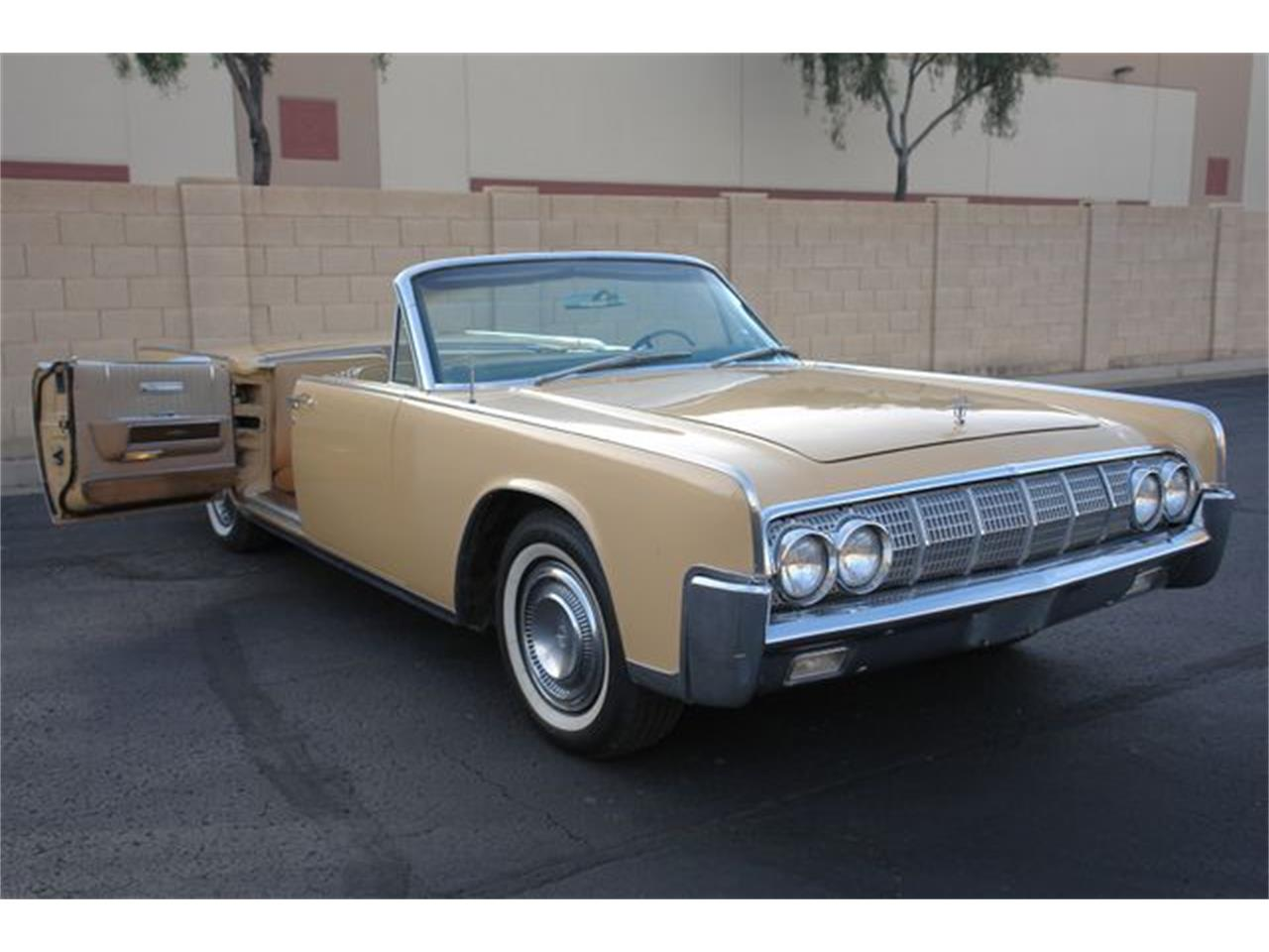 Large Picture of Classic 1964 Lincoln Continental located in Arizona - $47,950.00 Offered by Arizona Classic Car Sales - Q01H