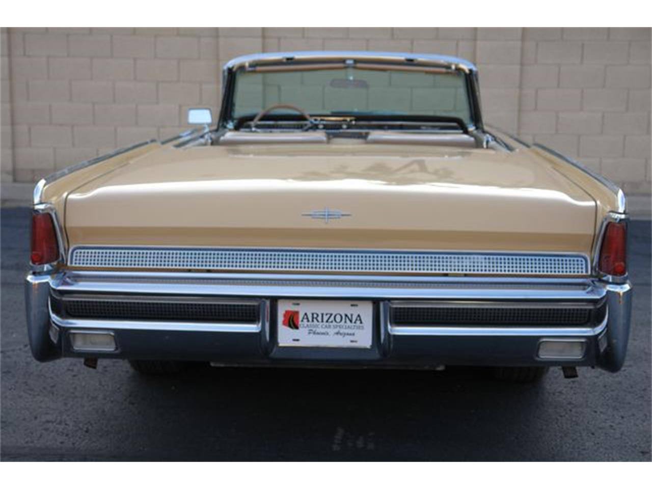Large Picture of 1964 Lincoln Continental - Q01H