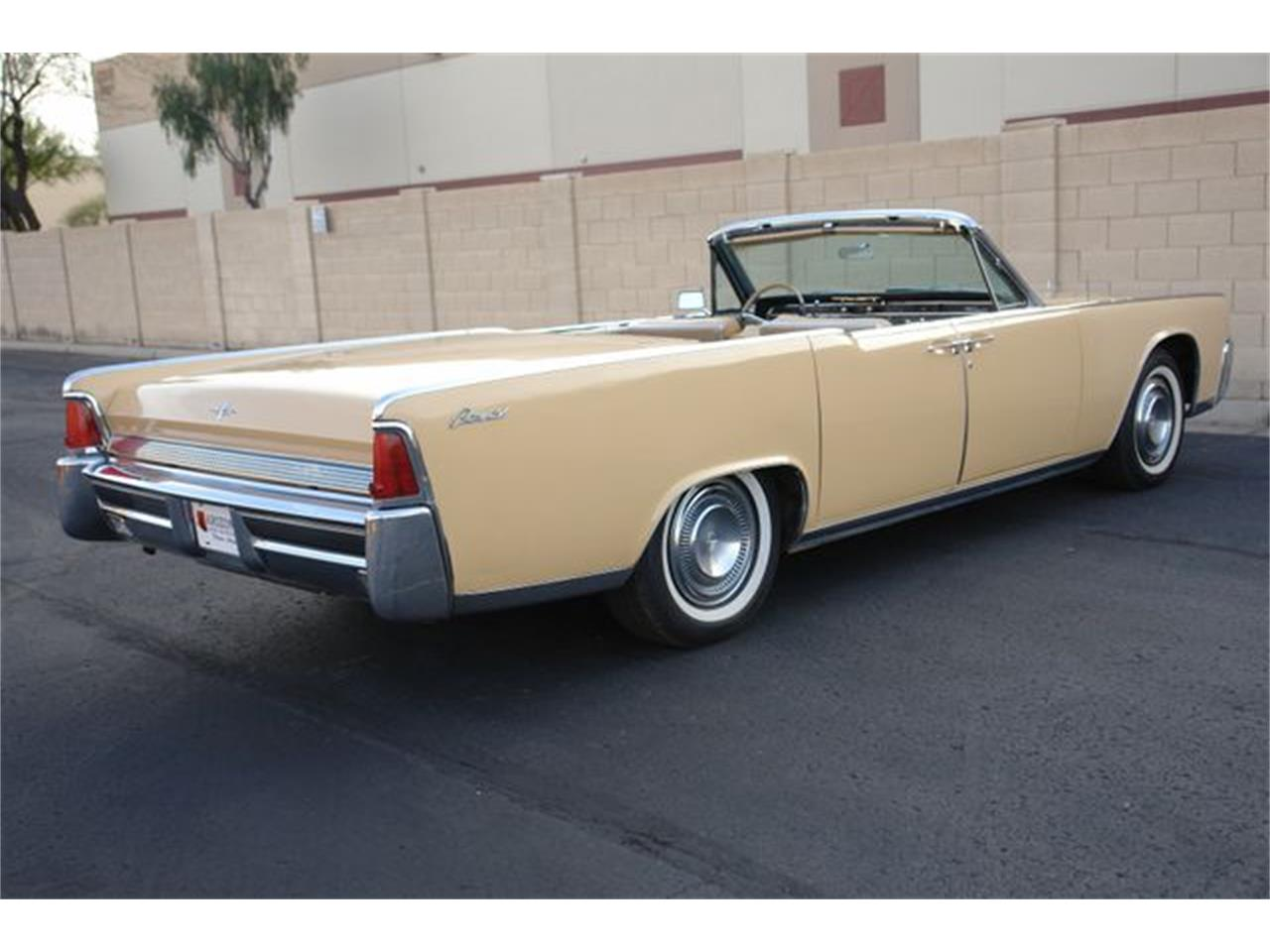 Large Picture of '64 Lincoln Continental located in Phoenix Arizona - Q01H