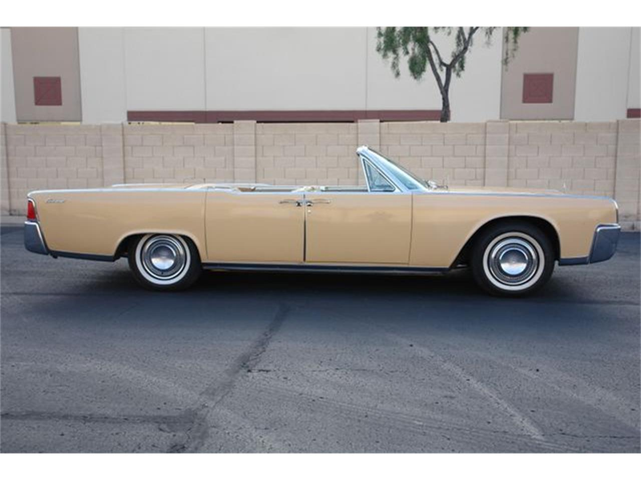 Large Picture of Classic 1964 Continental located in Phoenix Arizona - Q01H
