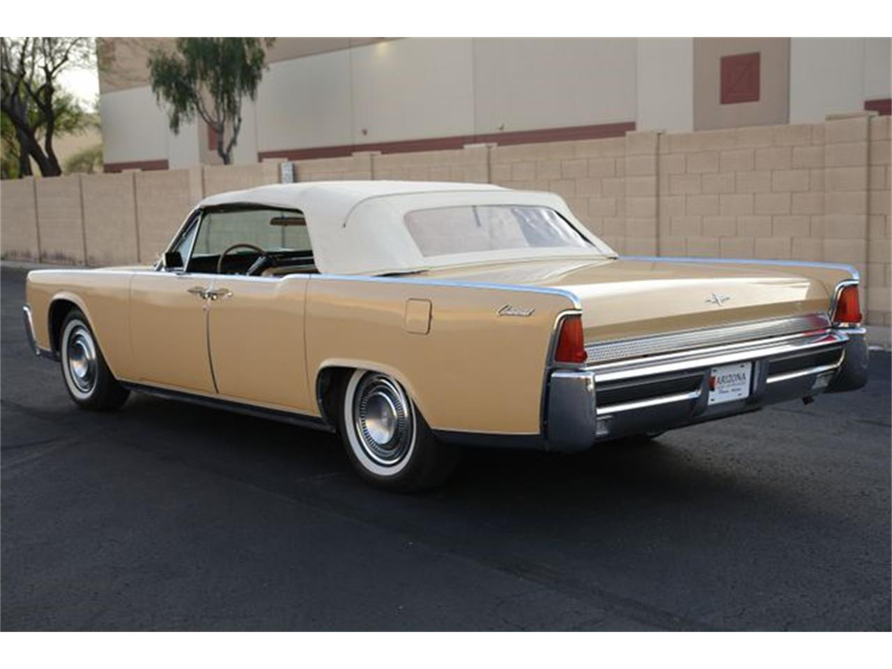 Large Picture of Classic '64 Continental located in Phoenix Arizona - Q01H
