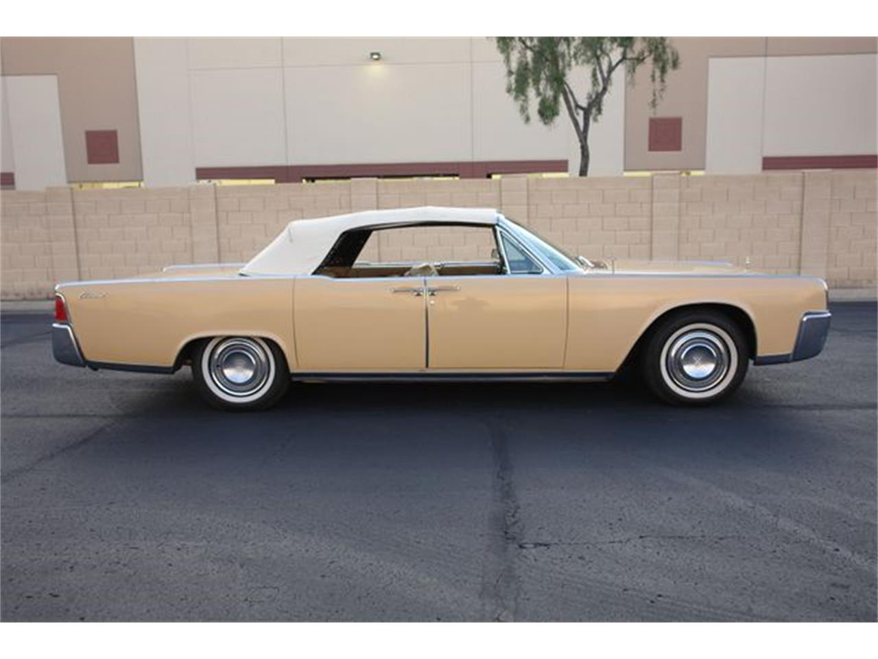 Large Picture of Classic 1964 Lincoln Continental located in Arizona - $47,950.00 - Q01H