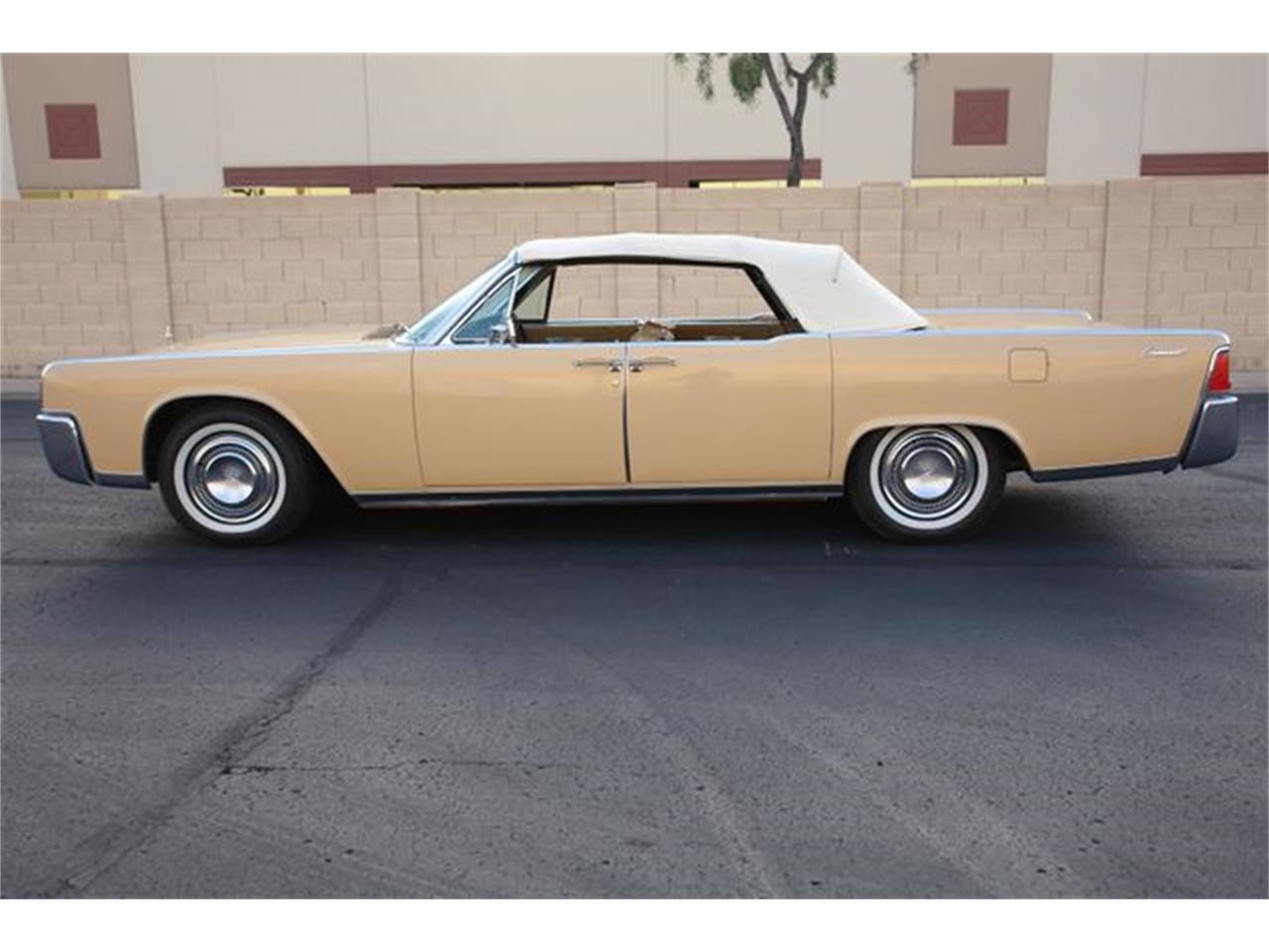 Large Picture of Classic 1964 Continental Offered by Arizona Classic Car Sales - Q01H