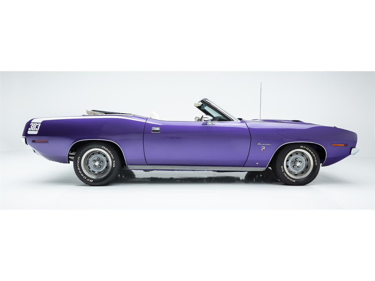 Large Picture of '70 Barracuda - Q03A
