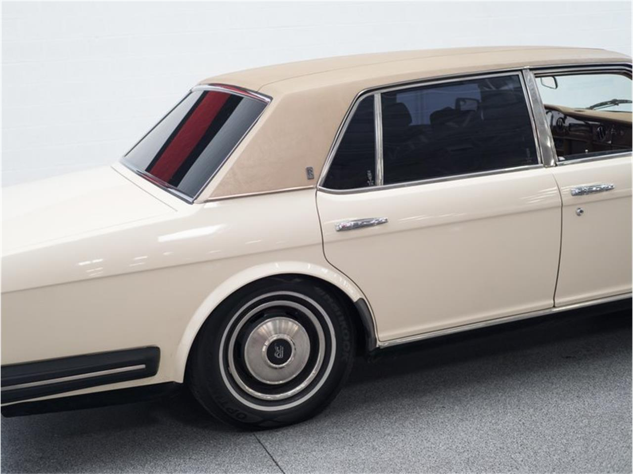 Large Picture of '83 Rolls-Royce Silver Spur Offered by B5 Motors - PXWA