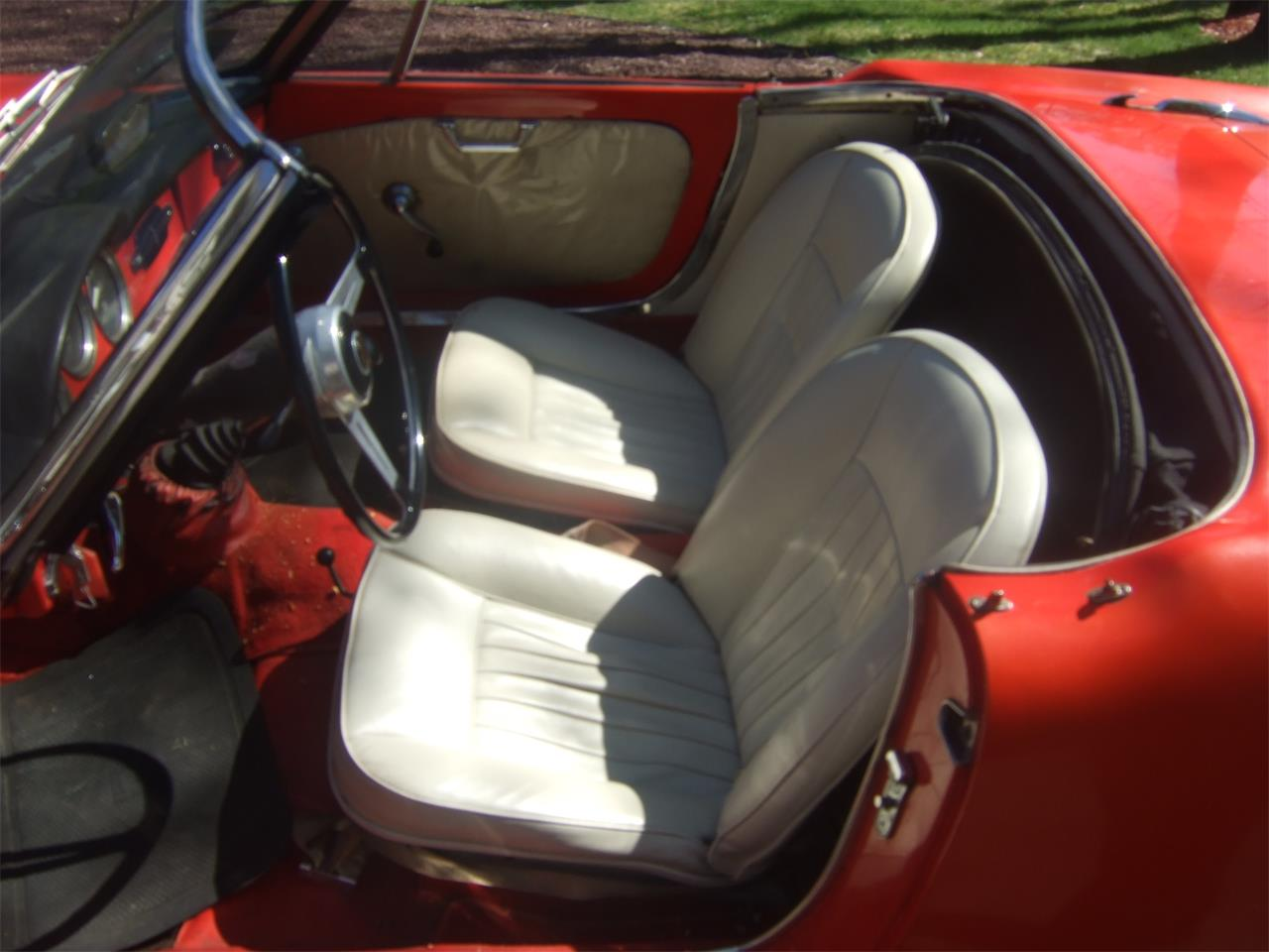 Large Picture of '64 Giulietta Spider located in Wayne New Jersey - $38,000.00 - Q08N