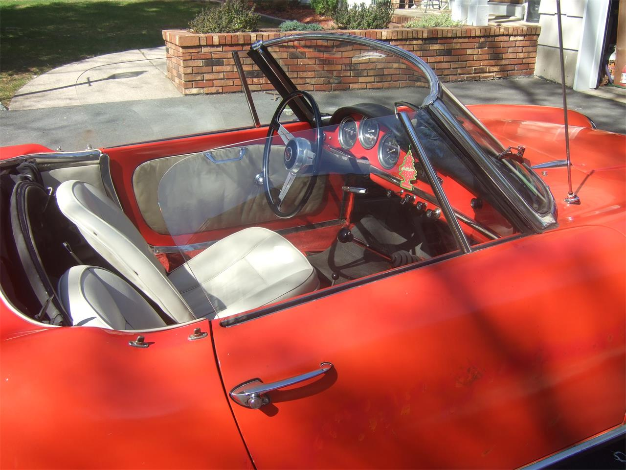 Large Picture of 1964 Giulietta Spider - $38,000.00 Offered by a Private Seller - Q08N