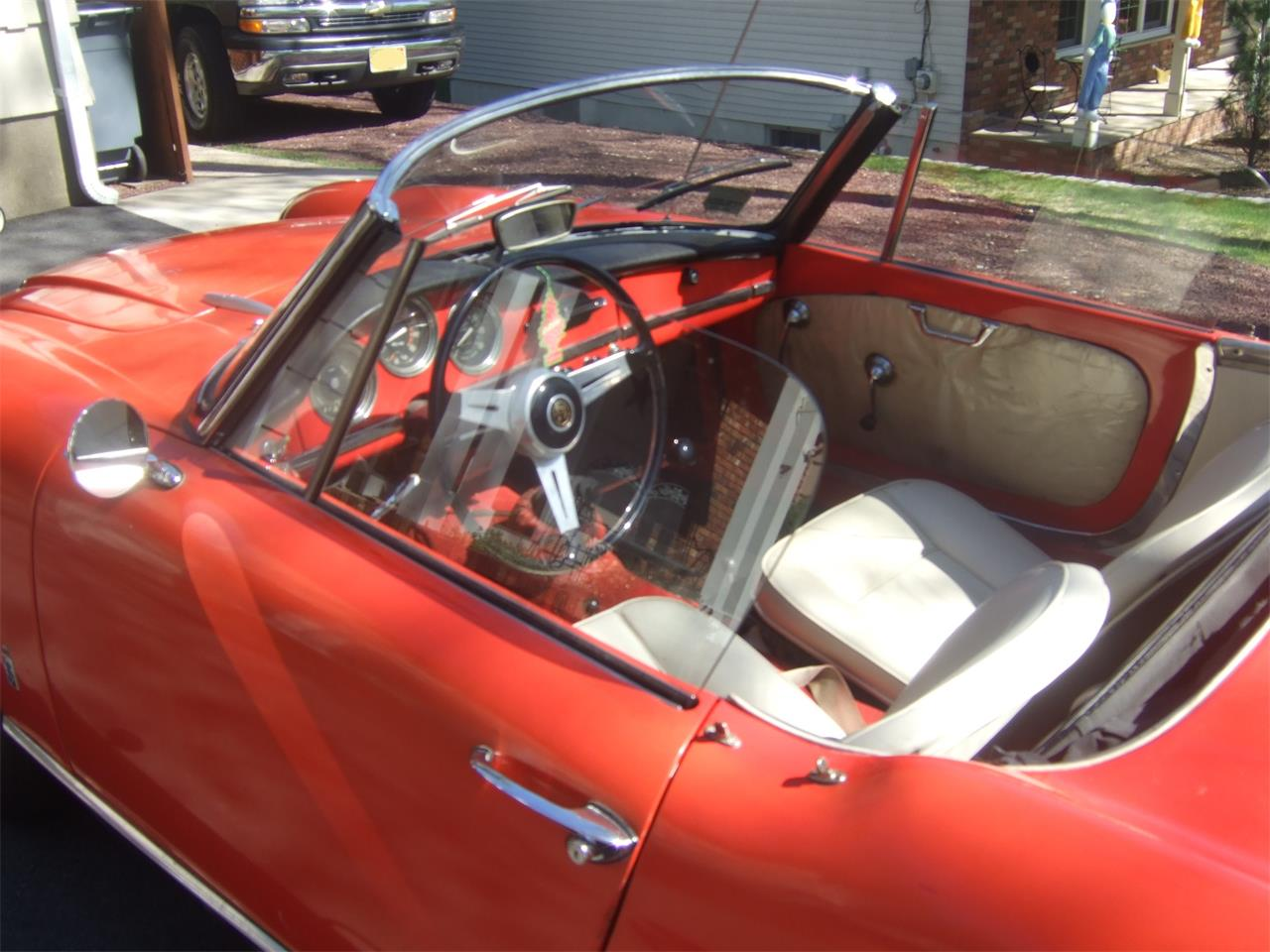 Large Picture of Classic 1964 Alfa Romeo Giulietta Spider - $38,000.00 Offered by a Private Seller - Q08N