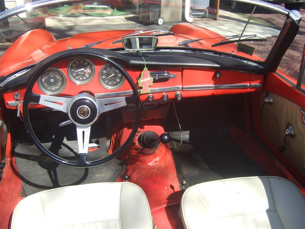Large Picture of '64 Giulietta Spider located in New Jersey - Q08N