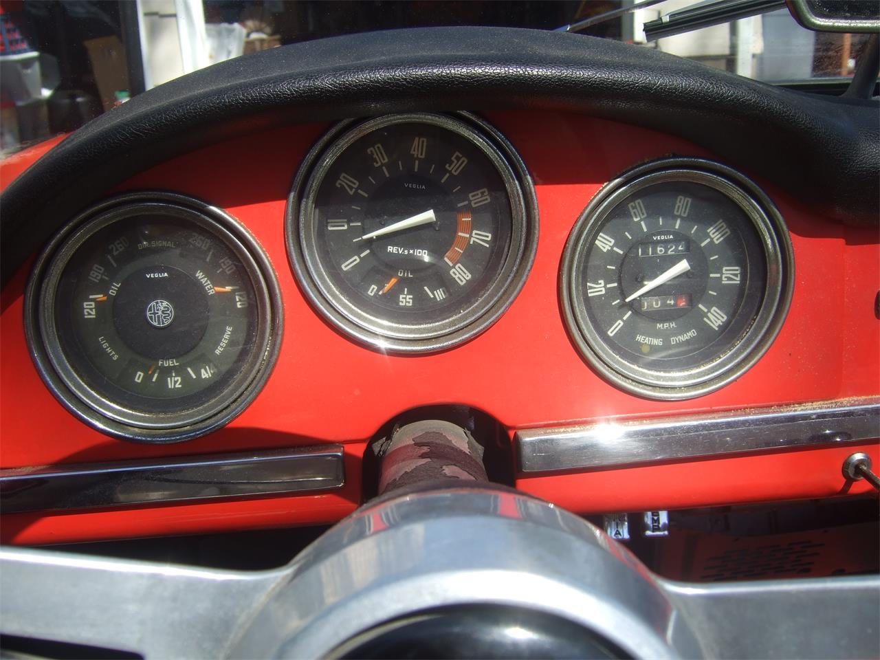 Large Picture of Classic '64 Alfa Romeo Giulietta Spider - Q08N