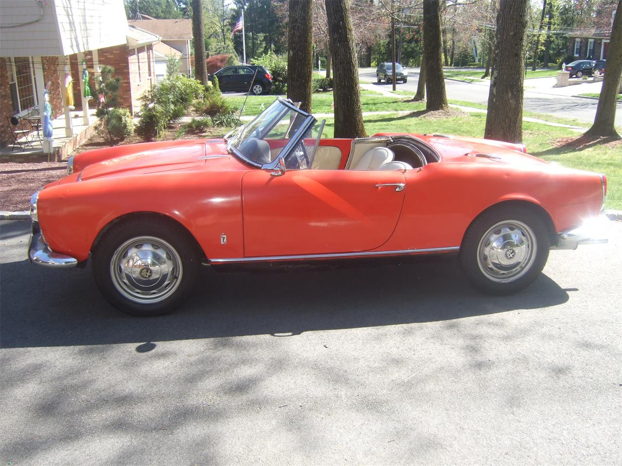 Large Picture of Classic '64 Giulietta Spider - $38,000.00 - Q08N
