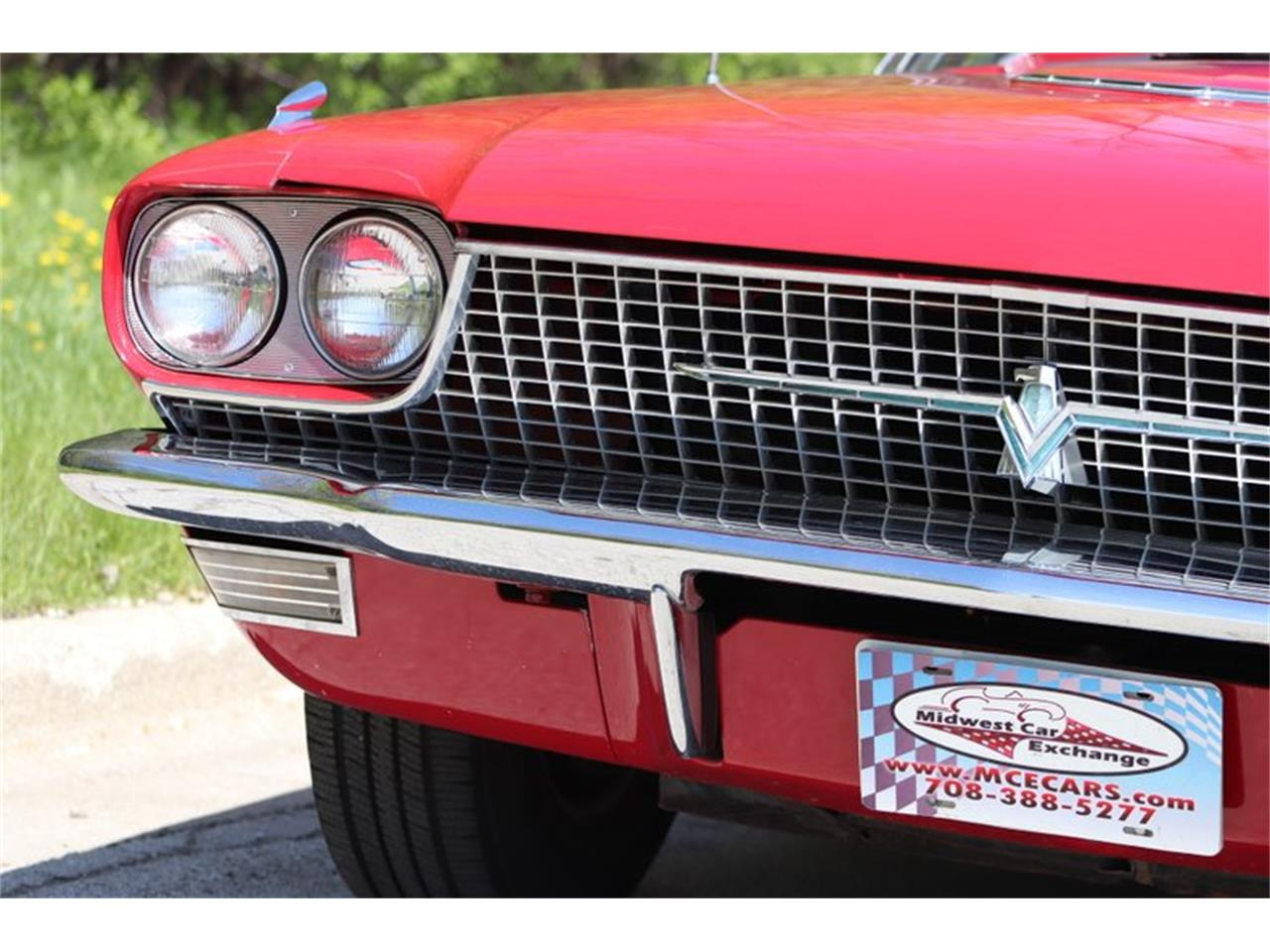 Large Picture of '66 Ford Thunderbird located in Illinois Offered by Midwest Car Exchange - Q0AO