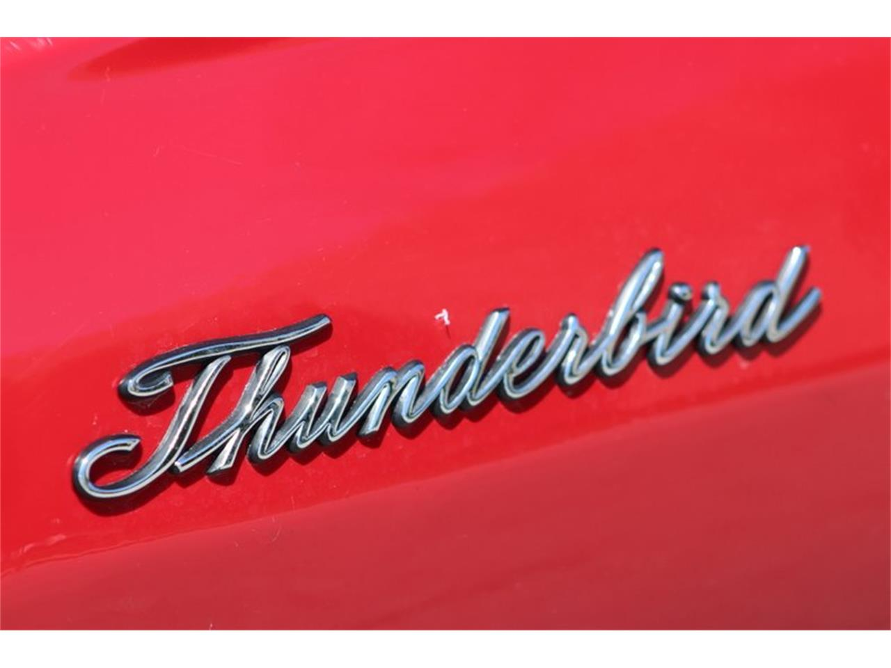 Large Picture of Classic 1966 Thunderbird - Q0AO