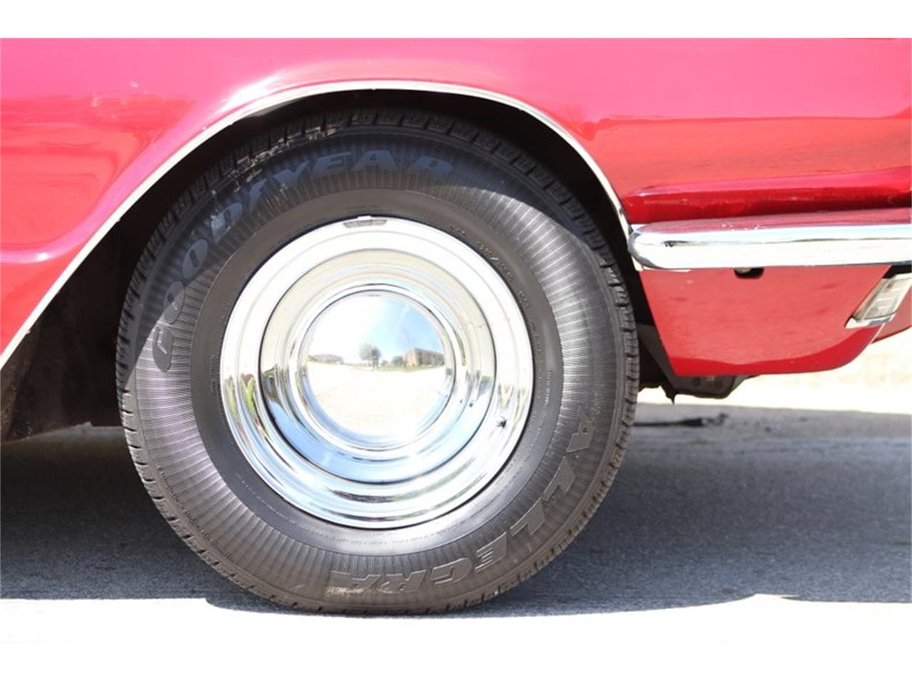 Large Picture of Classic '66 Thunderbird - $29,900.00 Offered by Midwest Car Exchange - Q0AO