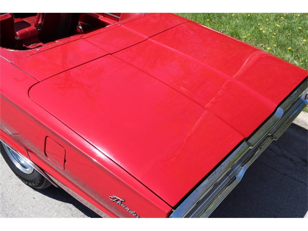 Large Picture of Classic '66 Ford Thunderbird - $29,900.00 Offered by Midwest Car Exchange - Q0AO