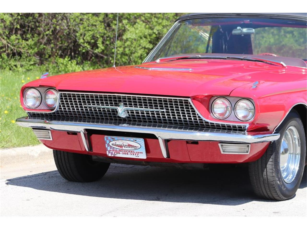 Large Picture of 1966 Ford Thunderbird - Q0AO