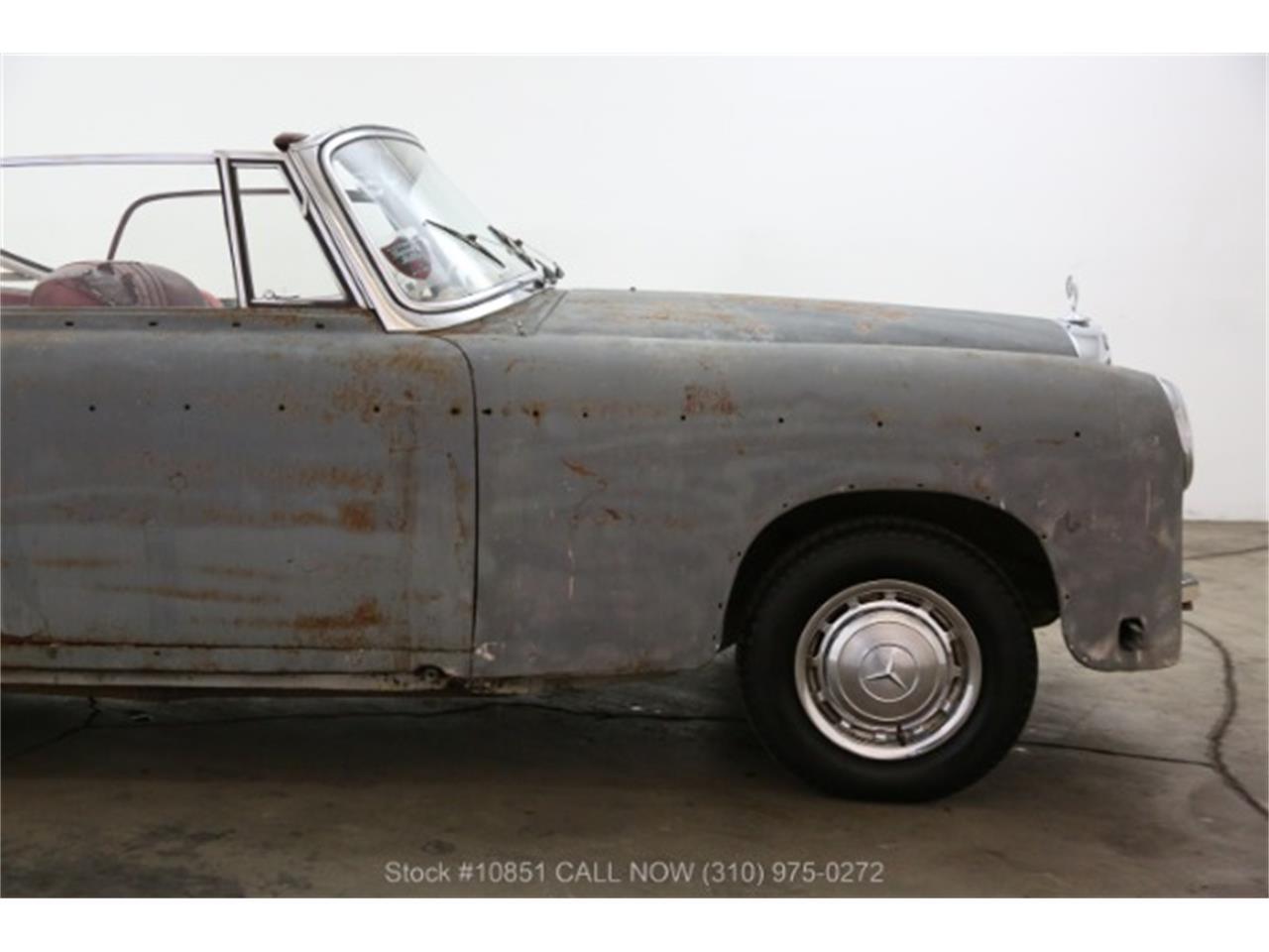 Large Picture of Classic '60 Mercedes-Benz 220SE located in California - $49,500.00 - Q0AU