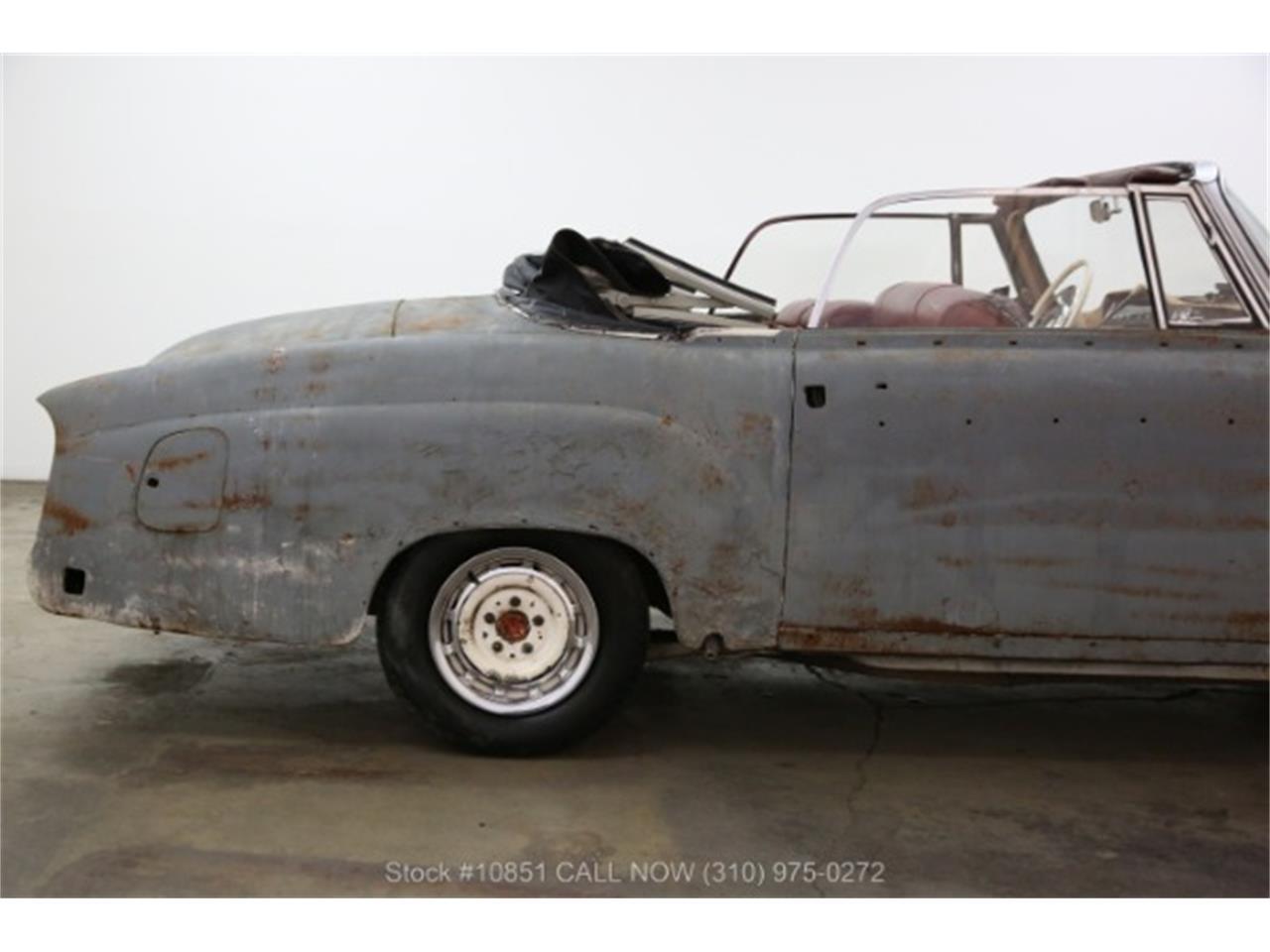 Large Picture of Classic 1960 220SE - Q0AU