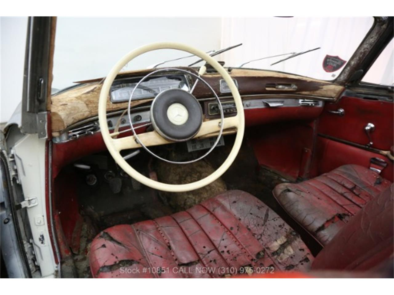 Large Picture of 1960 Mercedes-Benz 220SE located in Beverly Hills California - $49,500.00 - Q0AU